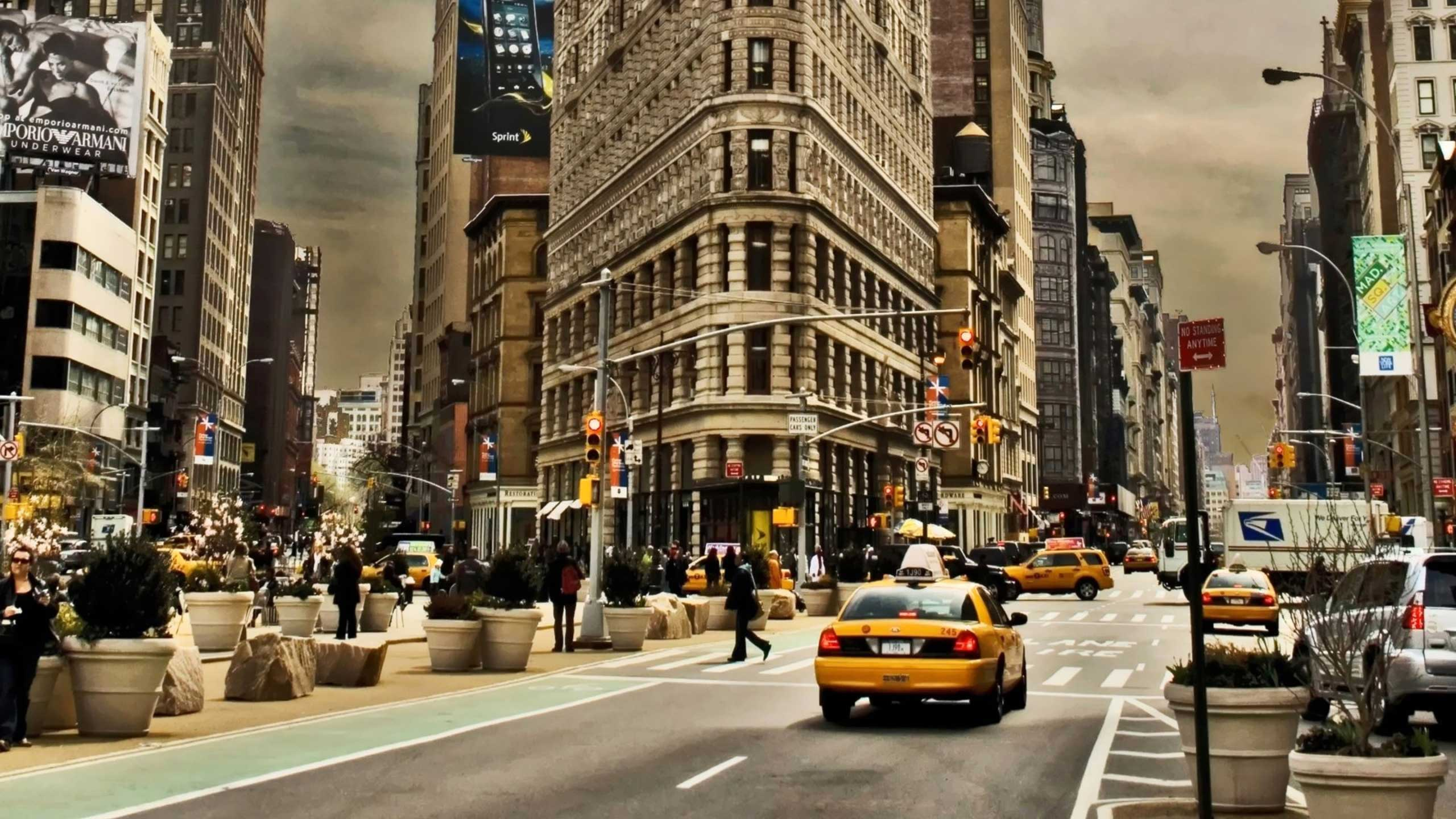 afternoon-on-manhattan-city-imac-wallpaper-save-for-web